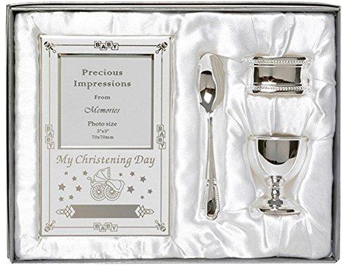 Prachtige geschenkset met zilveren doopvorm, 4-delig, inclusief eibeker, lepel, babyfotolijst, servetring in geschenkverpakking.