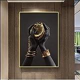 ganlanshu Mano de Mujer Negra, póster de Arte con Joyas Doradas pintadas en la Pared de Lona,Pintura sin Marco,45x67cm