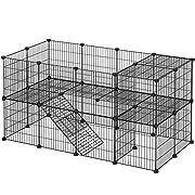 Enclos individuel: Construisez un enclos à 2 étages ainsi qu'une petite échelle et une maison pour vos petits animaux : le tout en panneaux de treillis. Utilisez un tapis pour enclos sur le second niveau Enclos sécurisé pour petits animaux: Les bords...