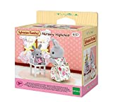 SYLVANIAN FAMILIES- Nursery Highchair Mini Muñecas y Accesorios, Multicolor (Epoch 5157)