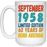 N\A Divertido Nacido en septiembre 62 años cumpleaños Taza de café con Leche