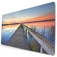KIMDFACE 大型 マウスパッド 湖の長い木製の桟橋の水景の牧歌的な地平線の夕日の反射 個性的 おしゃれ 柔軟 かわいい ゲーミングマウスパッド PC ノートパソコン オフィス用 デスクマット 滑り止め 特大 マウスマット