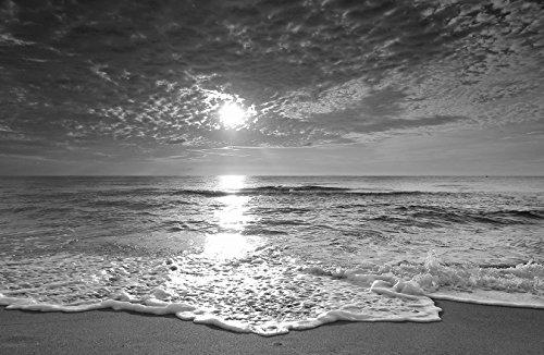 Bilderdepot24 Fotomural Playa de la Puesta del Sol - Negro y Blanco 155x100 cm - Papel Tejido-no Tejido. Fotomurales - Papel Pintado - la fabricación Made in Germany!