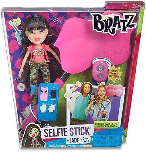 Bratz Selfie Stick with Doll- Jade by Bratz