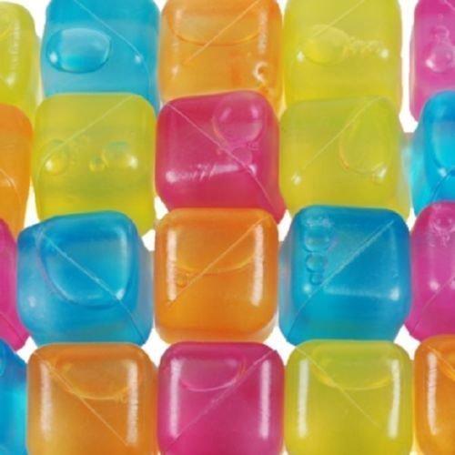 20 Party Eiswürfel aus Plastik Würfeleis Eis Coktailzubehör Würfel Kühlakku Neu (1 x 20er Set)