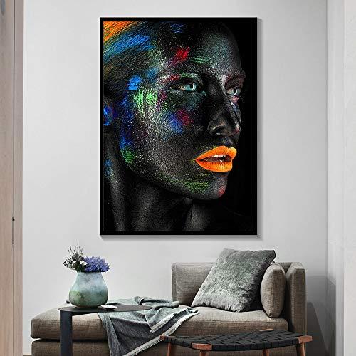 Creativo rostro en blanco y negro maquillaje fantasía acuarela cartel y pinta...