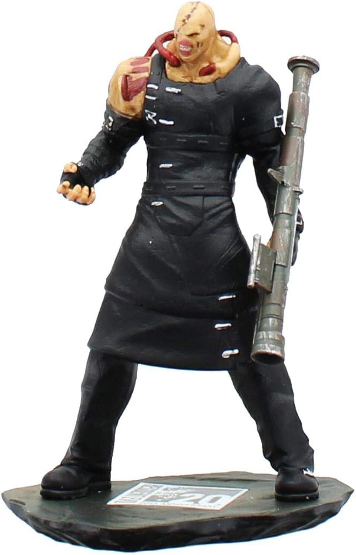 Resident Evil 5  Nemesis Figurine (Arcade Block Exclusive)
