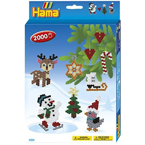 Hama Perlen 3437 Geschenkset Weihnachten mit ca. 2.000 bunten Midi Bügelperlen mit Durchmesser 5 mm, Stiftplatte, inkl. Bügelpapier, kreativer Bastelspaß für Groß und Klein
