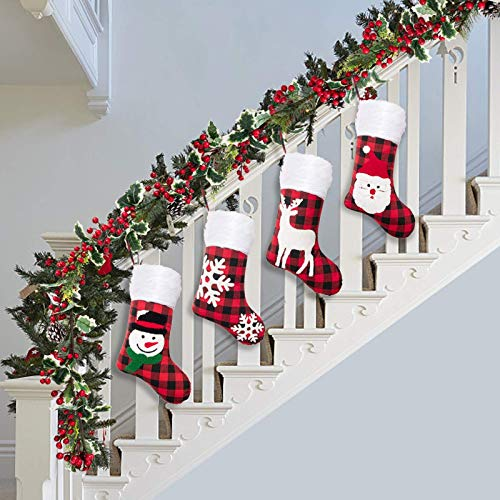 7 FT Christmas Garland no Lights ,red Berries Christmas Garland Decorations with Pinecones for Stairs, Fireplace, Indoor Outdoor Christmas Decor