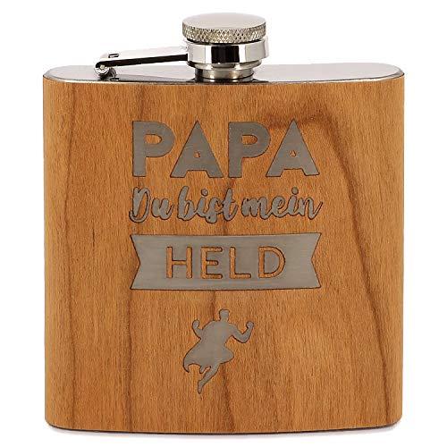 Donari® - Edelstahl Flachmann mit Gravur: Papa Du bist Mein Held - Inklusive edler Geschenkverpackung - Kreatives Geschenk für Papas - Tolles Vatertagsgeschenk - Geschenkidee für Väter