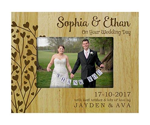 Jour de mariage Picture Frame personnalisé avec un nom - 5 x 7 pouces cadeaux Table Horizontal Gravé en bois Frame