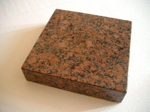 Granitsockel Sockel aus Granit Grabsockel Trittstein Granitplatte Balmoral