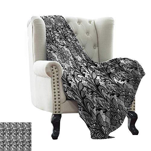 BelleAckerman Manta de Franela, Color Blanco y Negro, Estilo Victoriano, de Encaje, con diseño de Hojas de Flores Ornamentales, Microfibra Blanca y Negra, para Cama o sofá, 152 x 152 cm