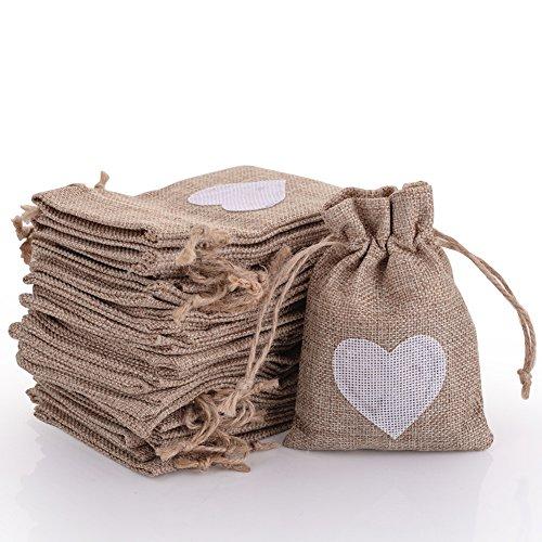 30pcs Burlap Bags with Drawstring Gift Pouches Heart Candy Jewelry Storage Package Sack for Wedding Bridal Shower Birthday Party Christmas Valentine's Day Favors DIY Craft, Natural 5.3x3.8 Inch