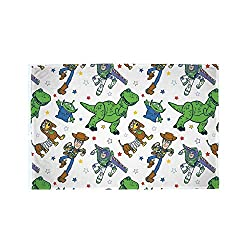 FUN TOY STORY 4 DESIGN: Your little ones can cosy up to this fluffy Toy Story throw. Featuring Woody, Buzz, Slink and Rex. This fleece is perfect for fans to snuggle up with. OFFICIALLY LICENSED MERCHANDISE: Ensure you receive premium quality with ou...