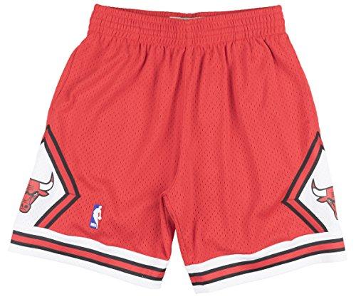 Mitchell & Ness Chicago Bulls NBA Swingman Men's Mesh Shorts - 1997 Road (Small) Red