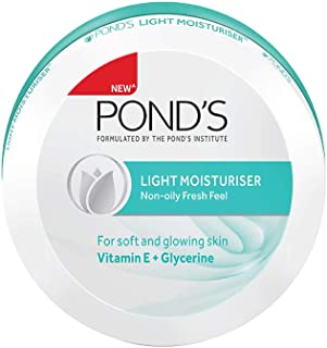 Pond's Light Moisturiser, 250ml