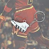 Xssbhsm Portachiavi 3D Sneaker Scarpe Portachiavi con Anello in Metallo e Scatola (Color : P4/27)