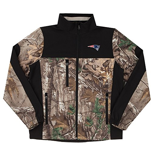Dunbrooke Apparel NFL New England Patriots Hunter Colorblocked Softshell Jacket, Real Tree Camouflage, Large