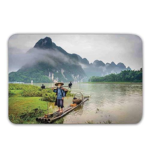 YnimioHOB Gestalten Sie Gummirücken-rutschfeste Türmatten, Fischer des traditionellen Chinesen mit Vögeln und Korb auf Fluss-Nebel-Gebirgsbaum-Fußmatten-Bodenmatten-Wolldecken landschaftlich