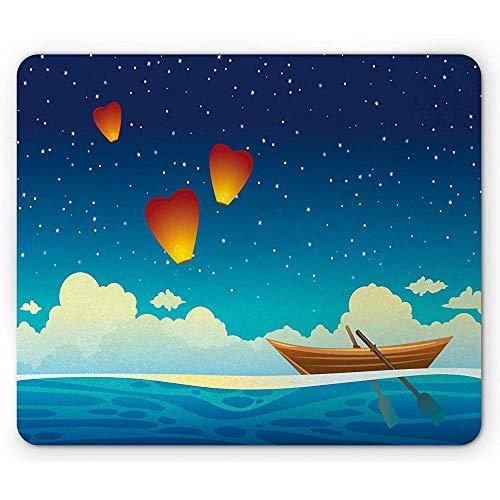 Blaue Seemausunterlage, Digital gezeichnete Karikatur des hölzernen Bootes auf Meer nachts mit Herz-Laternen Mousepad, Mehrfarben