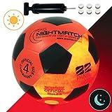 光るサッカーボール 4号球 選べる3カラー NIGHTMATCH ナイトマッチ LED ライトアップ サッカーボール フリースタイル フットサル オレンジ/ブラック 【空気入れポンプ、予備電池付】[日本正規品]