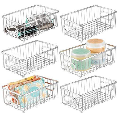 mDesign - Cesta organizadora de metal para baño, diseño moderno de rejilla de alambre, para organizar en armarios, estantes,...