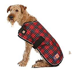 Great quality waterproof and windproof dog coat with warm fleece lining and reflective piping Strong durable outer fabric with quick fastening adjustable body and front straps Available in 6 colours and 14 sizes suitable for the majority of dog breed...