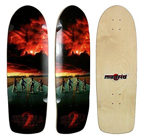 Madrid Skateboard-Deck mit Design aus der Netflix Serie Stranger Things 2