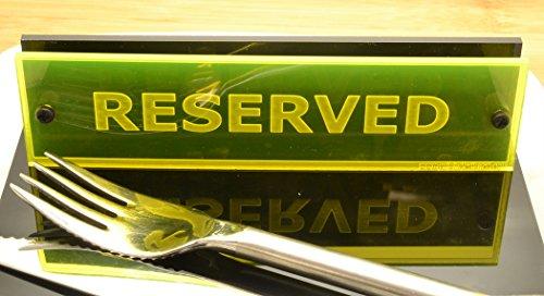 """Individuelle """"Reserved"""" Tisch-Schilder für Cafés, Bars und Restaurants, 150mm x 40mm (Fluoreszierendes Gelb)"""