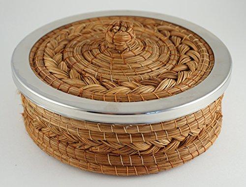 Calentador de tortillas hecho a mano con aguja de pino