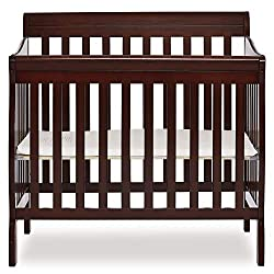 Baby crib for newborn