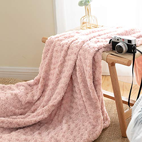 jinchan Throw Blanket Blush Pink Soft Cozy Fuzzy Dimensional Rose Design Coverlet for Girls Teenager Kids Living Room Bedroom Nursery Couch Sofa Chair Recliner Bed Gift Four Seasons 50x60 Inch