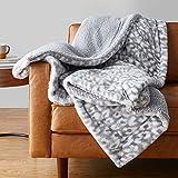 Amazon Basics Fuzzy Faux Fur Sherpa Throw Blanket, 50'x60' - Grey Snow Leopard