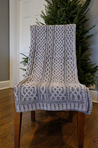 Carraig Donn Irish Cable Knit Blanket Celtic Aran Throw - 100% Merino Wool -Made in Ireland - 40'x 55' (102 x 140 cm) - Green/White-Wicker (VOLL/Charcoal)