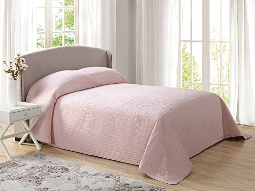 Pem America French Tile Quilted Bedspread in Blush King