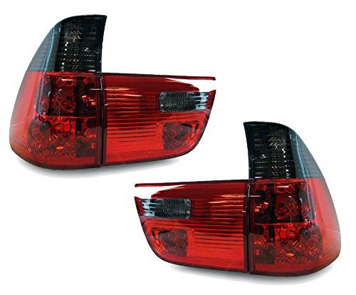 Lámparas traseras traseras traseras en color rojo ahumado con aspecto de cristal