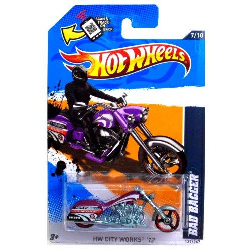 2012 Hot Wheels HW City Works Bad Bagger MOTORCYCLE CHOPPER purple 7/10 #137/247