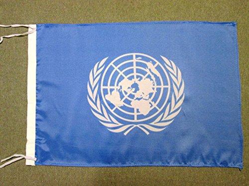AZ FLAG Flagge VEREINTE Nationen UNO 45x30cm mit Kordel - United Nations Fahne 30 x 45 cm - flaggen Top Qualität