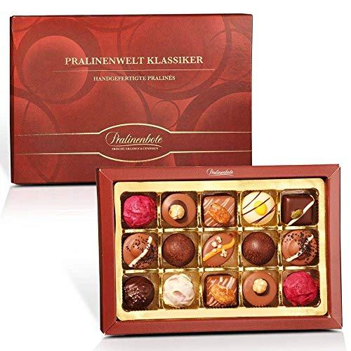 Pralinenwelt Klassiker mit 15 Pralinen - Pralinen Geschenk für die Liebsten in exklusiver Geschenkbox - Besondere Pralinen in feinster Komposition