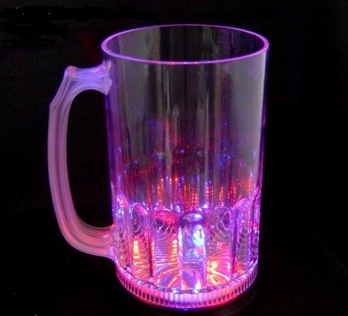 GW Handels UG Bierglas, Bierkrug LED 800 ml - blinkend u. Leuchtend bunt (Multicolor) Trinkglas Cocktail