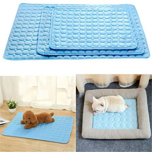 Glumes Dog Cooling Mat Machine Washable Pet Cats Dogs Cooling Pad Activated Gel Extra Large Cooling Pad for Dogs & Pets Dog Accessories No Need To Freeze Or Chill - Keep Your Dog Cool and Reduce Joint Pain (L)