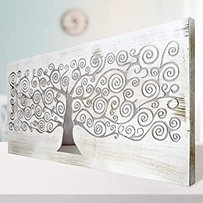 Fabricada en MDF, calado con corte laser. Montada en bastidor de pino. Decorado a mano de forma artesanal. Está fabricada por nosotros, es un producto hecho en España. Color blanco envejecido. Tamaño 60x120 cm.