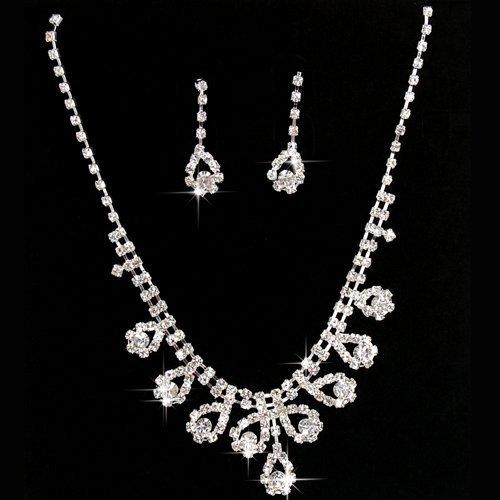 Gleader Une serie de bijoux pour femmes Boucles d'oreille + Collier en cristal artificiel