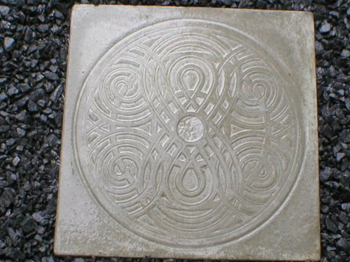 Giant Celtic, Irish, Scottish, Garden Steppingstone Mold, Concrete #SS-2222
