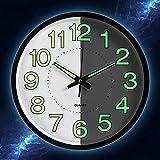 Reloj de pared de Caidi con luz de péndulo de pared, silenc