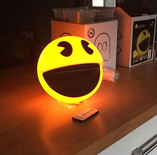 Close Up Lampe Pac-Man avec Effets sonores