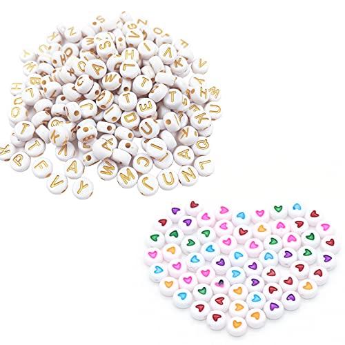 saizone 550 Pezzi Rotondo d'oro dell'alfabeto Lettera Acrilico Perline e 50 Perline Colorate a Forma di Cuore, per Bambini Adulti Gioielli Fai da Te, Braccialetto, Collana, Ciondolo. (4 * 7mm)
