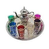 Juego de té marroquí Completo. Tetera de Plata Alemana con Patas de 400 ml. Bandeja sin Patas de latón Plateado de 33 cm diámetro. 6 Vasos de Cristal de Colores