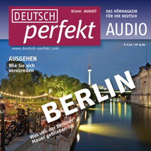 Deutsch perfekt Audio - Ausgehen im Sommer. 8/2011 audiobook cover art